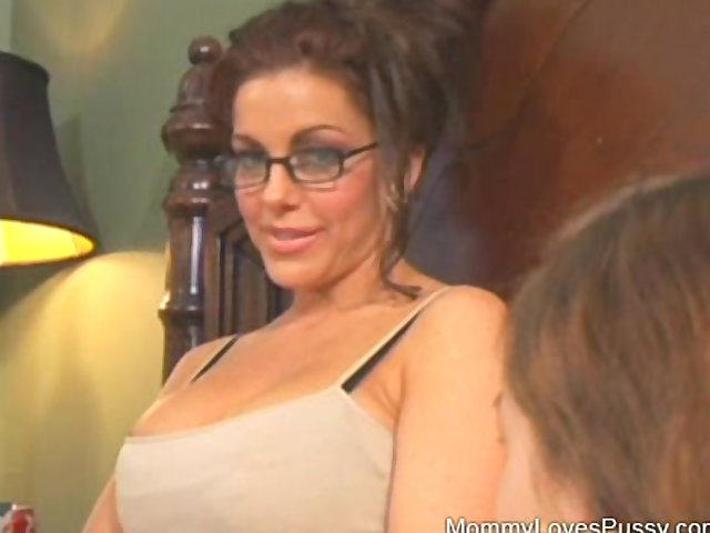 old milf porn watch old year mommy sleepover