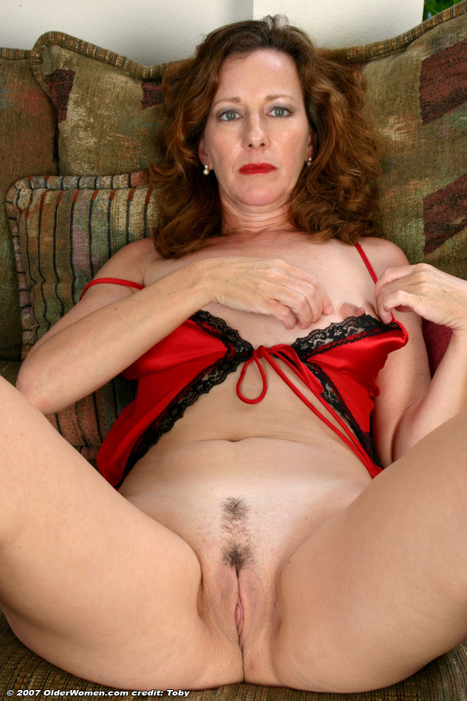 Older Mommy - Free Mature Naked Movies, Nude