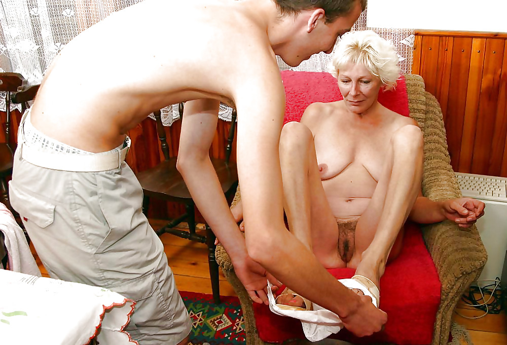 porno-video-babushka-i-vnuk-onlayn