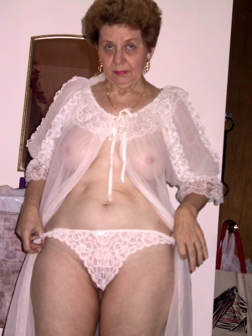 very old porn old gallery granny seducing very posing