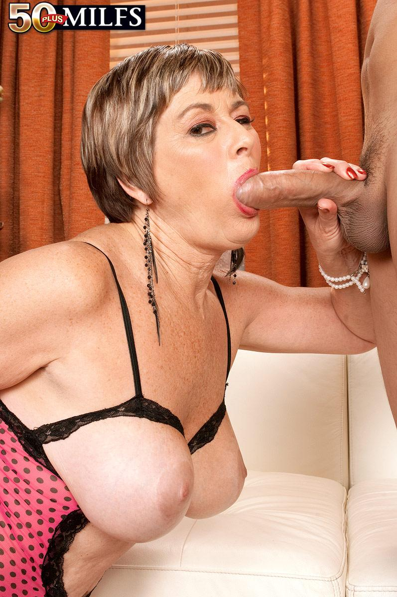 Sex women mature older oral
