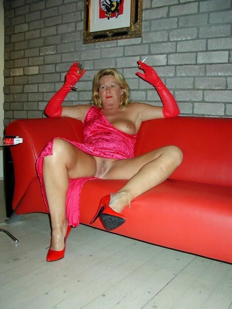 mature and granny porn galleries mature pics photos porno galleries