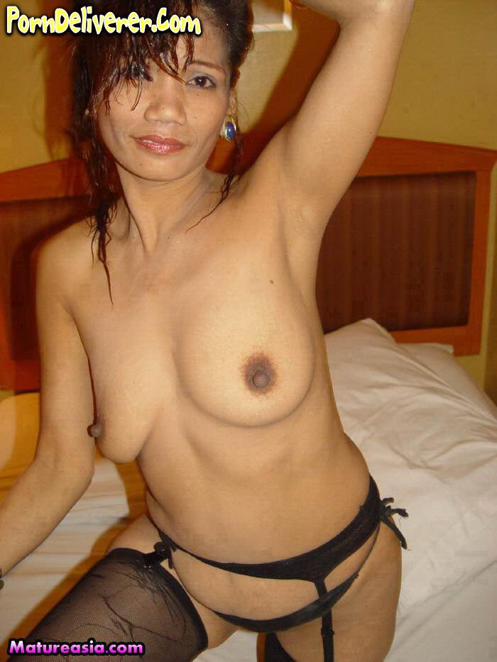 Free mature women picyures