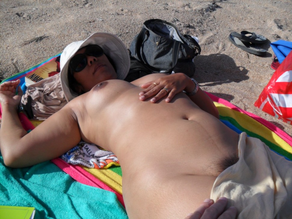 Full frontal granny nude