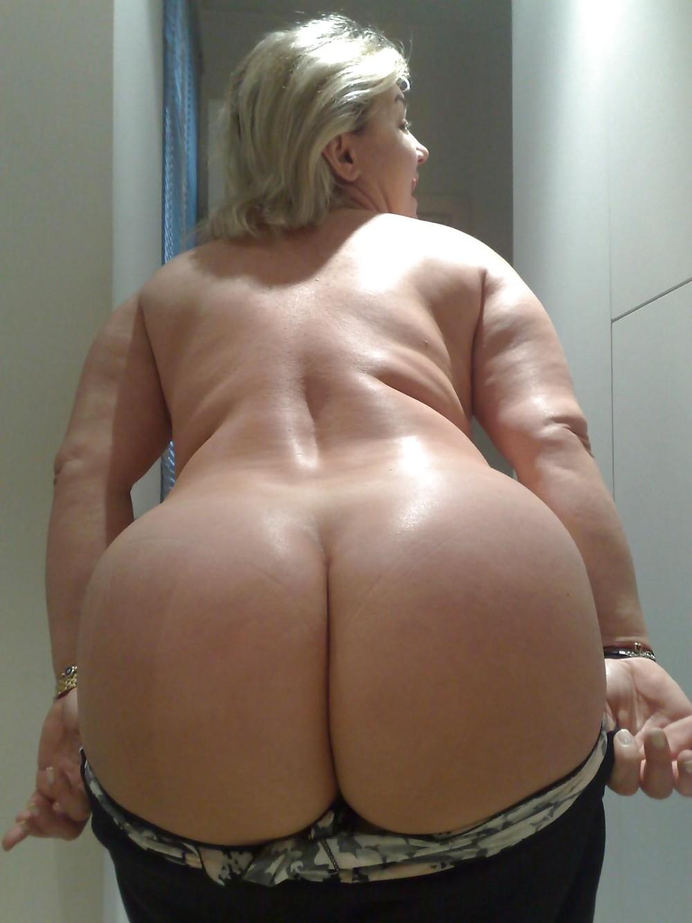 Mature big ass sex