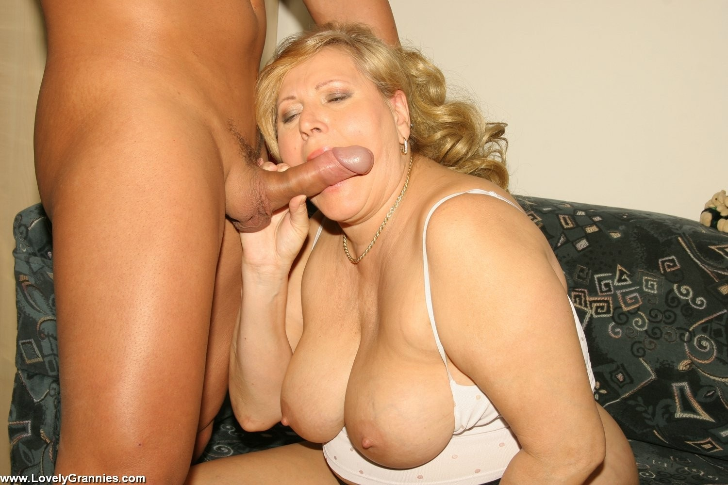 Hot blonde giving blowjob pics