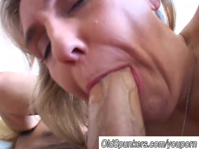 mature blowjob pic amateur mature blowjob watch great busty gives
