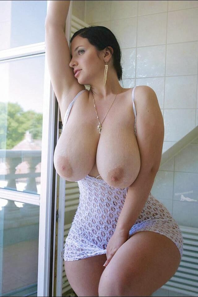 Фото голых пышных сисек