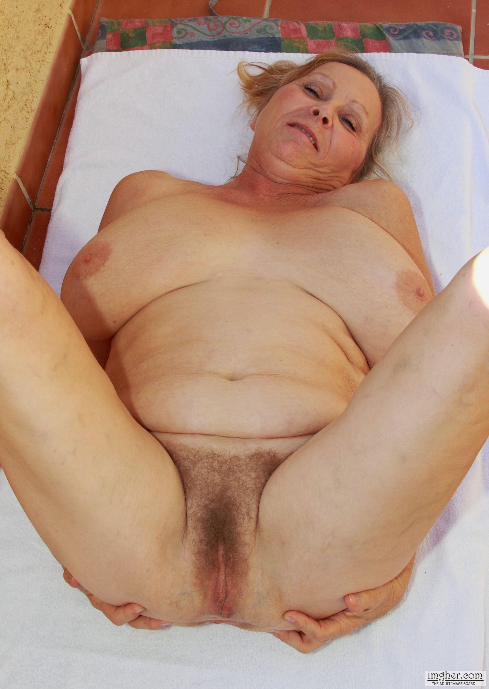 Mature granny date by troc 8