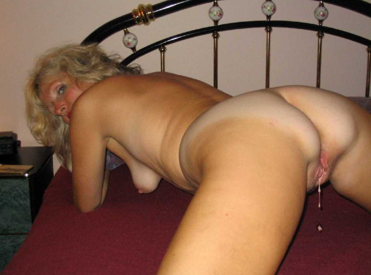 Blonde Milf Masturbating Heels