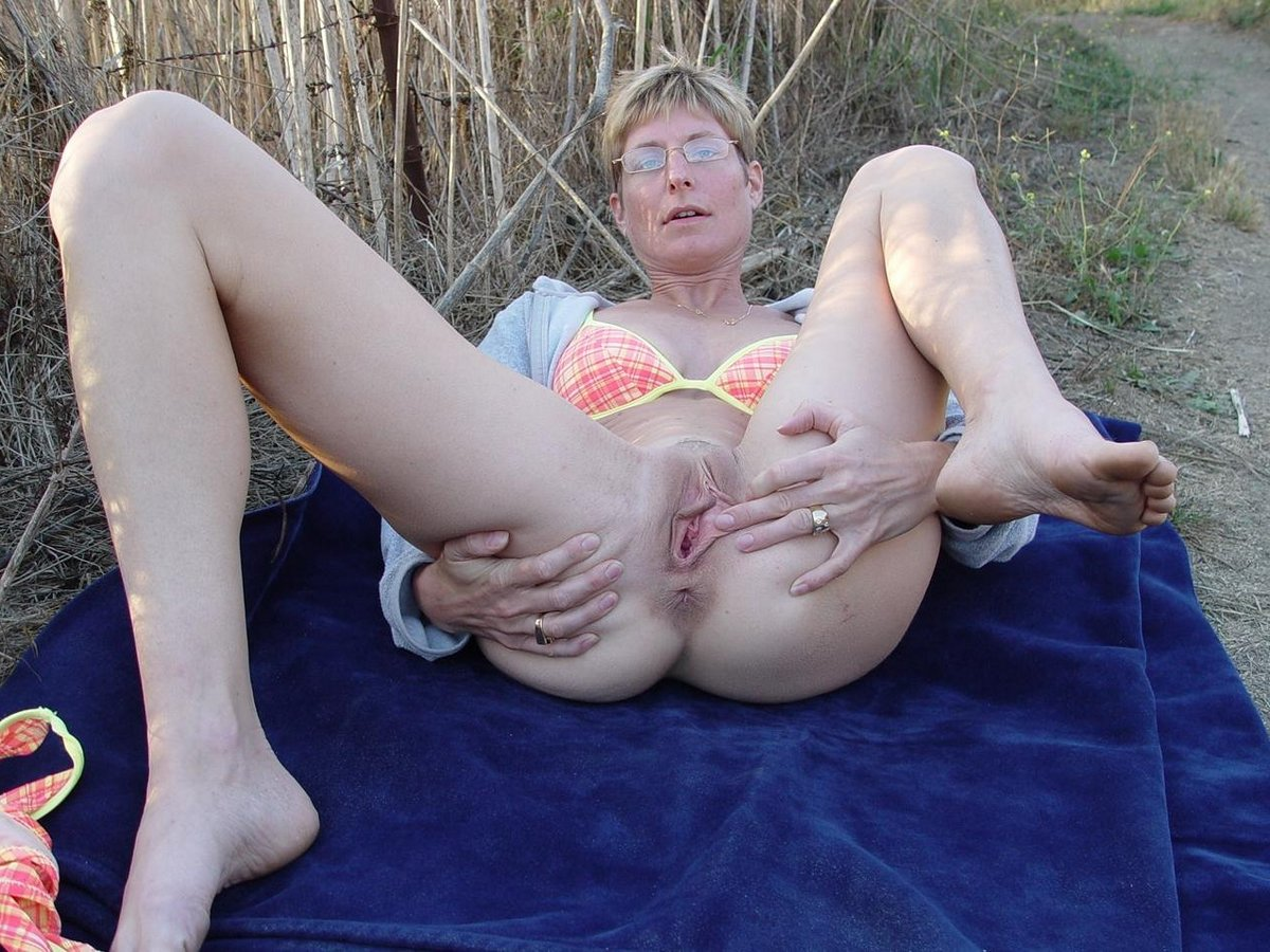 Mature Feet Porn Galleries Mature Nude Woman Video Galleries Teen Milf ...