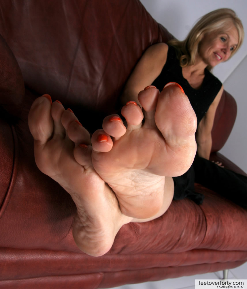 Sexy mature feet pity, that