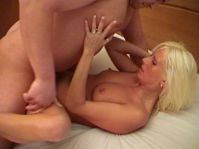 mature fisting porn mature blonde wife fisting orgasm cum reaching repeatedly
