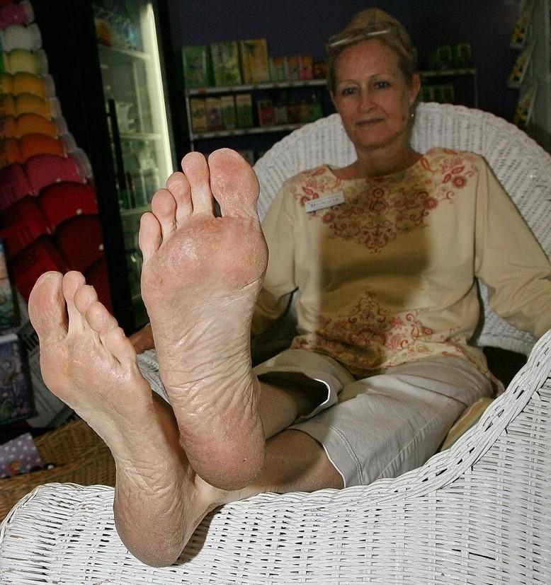 Ceara Lynch Feet Worship