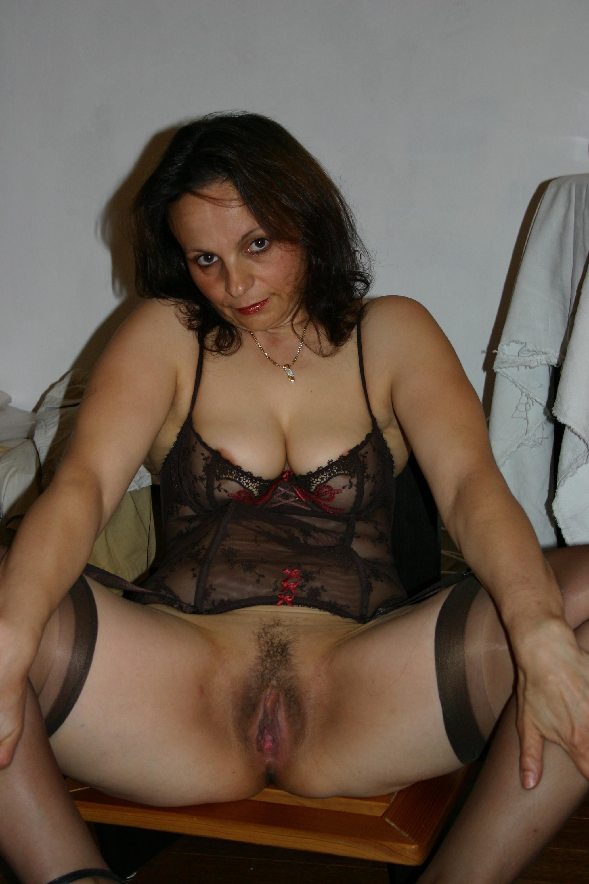 Порно с похотливыми зрелыми женщинами