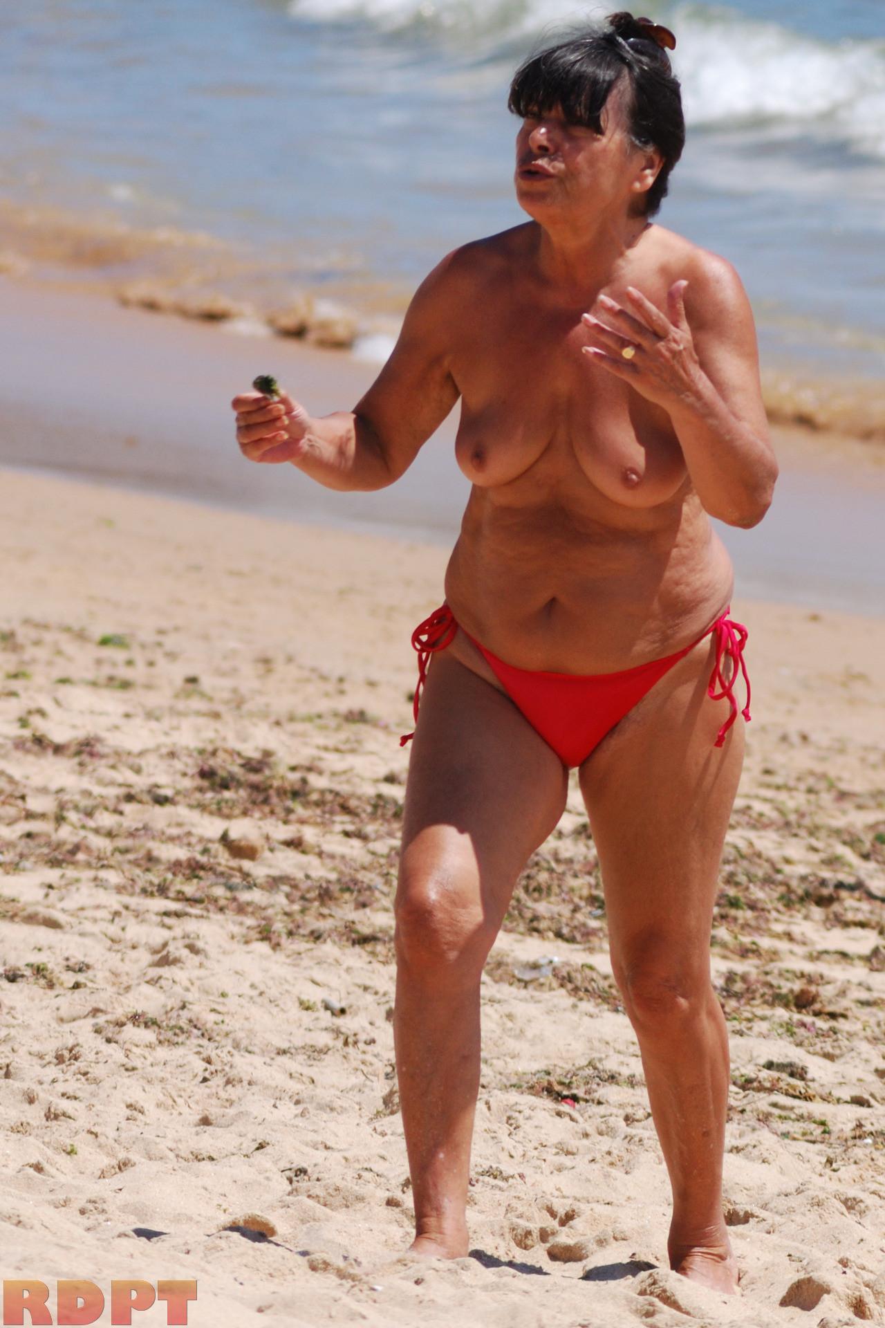 Naked milfs beach nudist couples voyeur hd video spycam 7