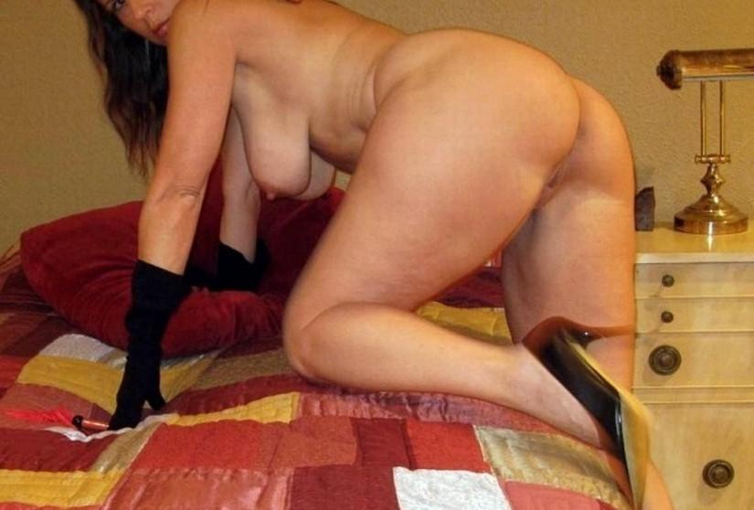 сексуалная зрелая дамичка eротическая фото.