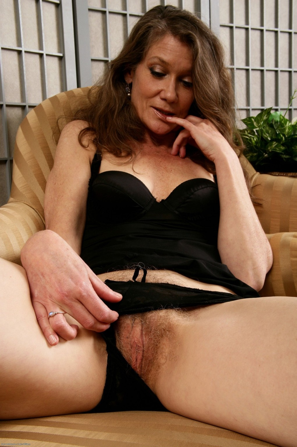 Porn gallery hairy Hairy Classic