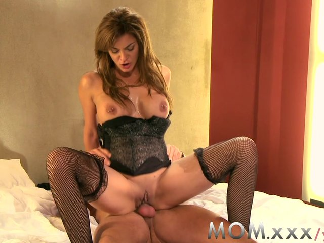 mature milf images mature mom watch milf shows experience