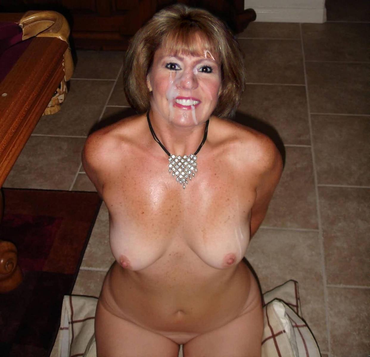 Naked mature milf Mature XXX