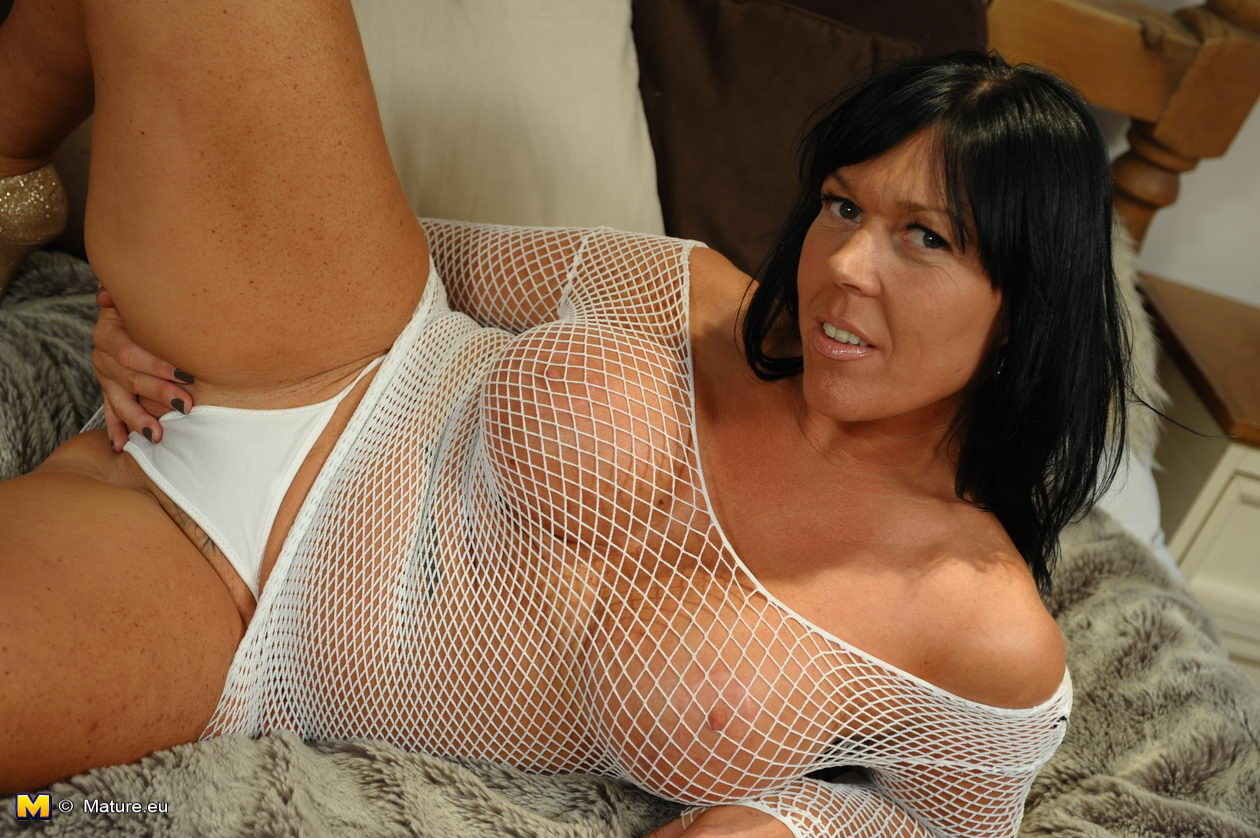 Free milf squirting