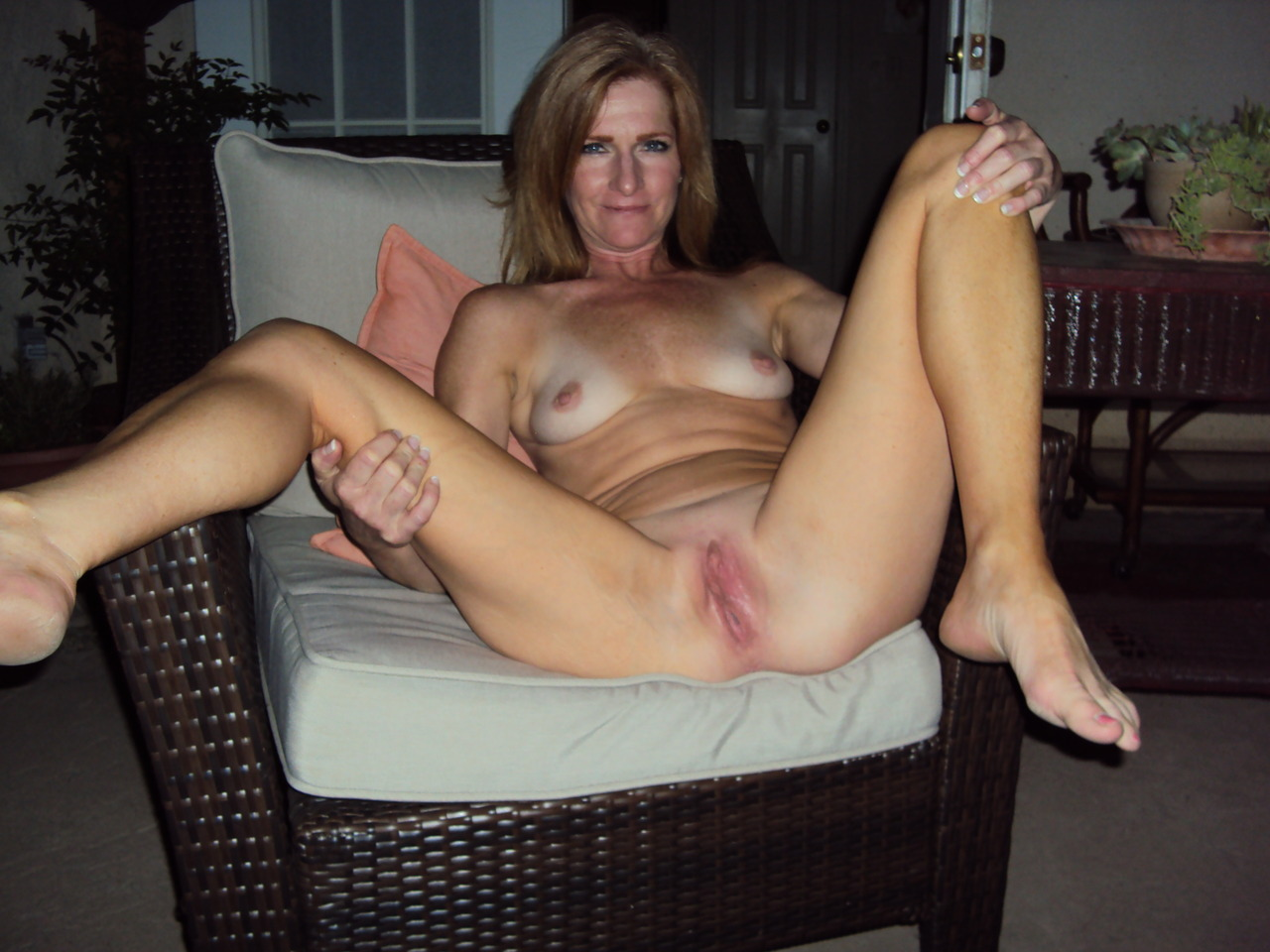 Amateur milf titties