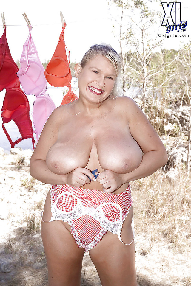 mature mom pic galleries mature pussy media mom hairy uniform got