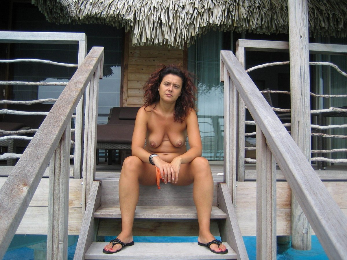 Mature Mom Xxx Pictures Mature Mom Xxx Galleries Beach Movies Clips ...