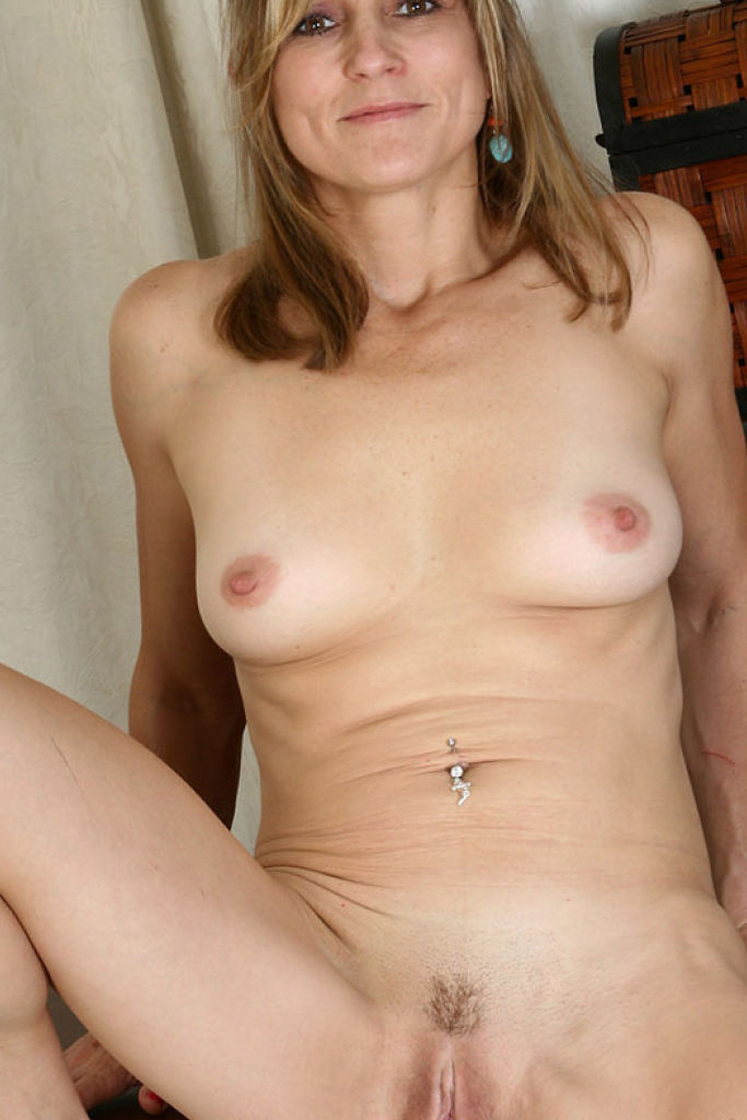 models Naked mature