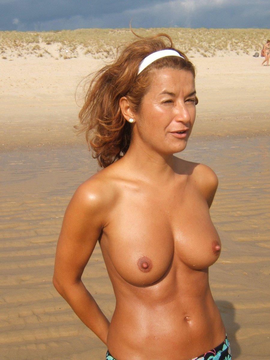 naked older austrailian women