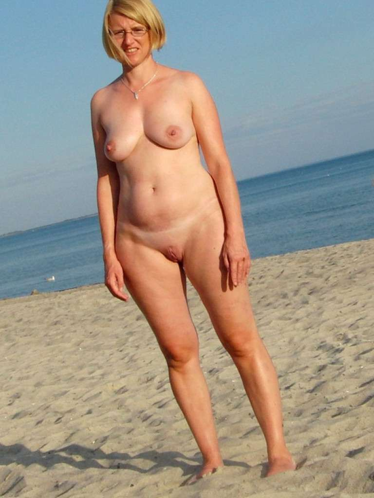 Slut Nudists and shaved mature size soles