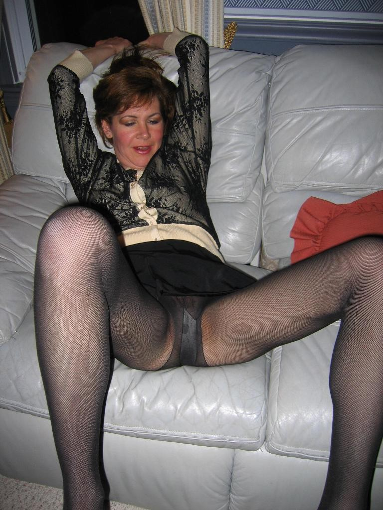 Mature Pantyhose Pictures - MaturePigcom