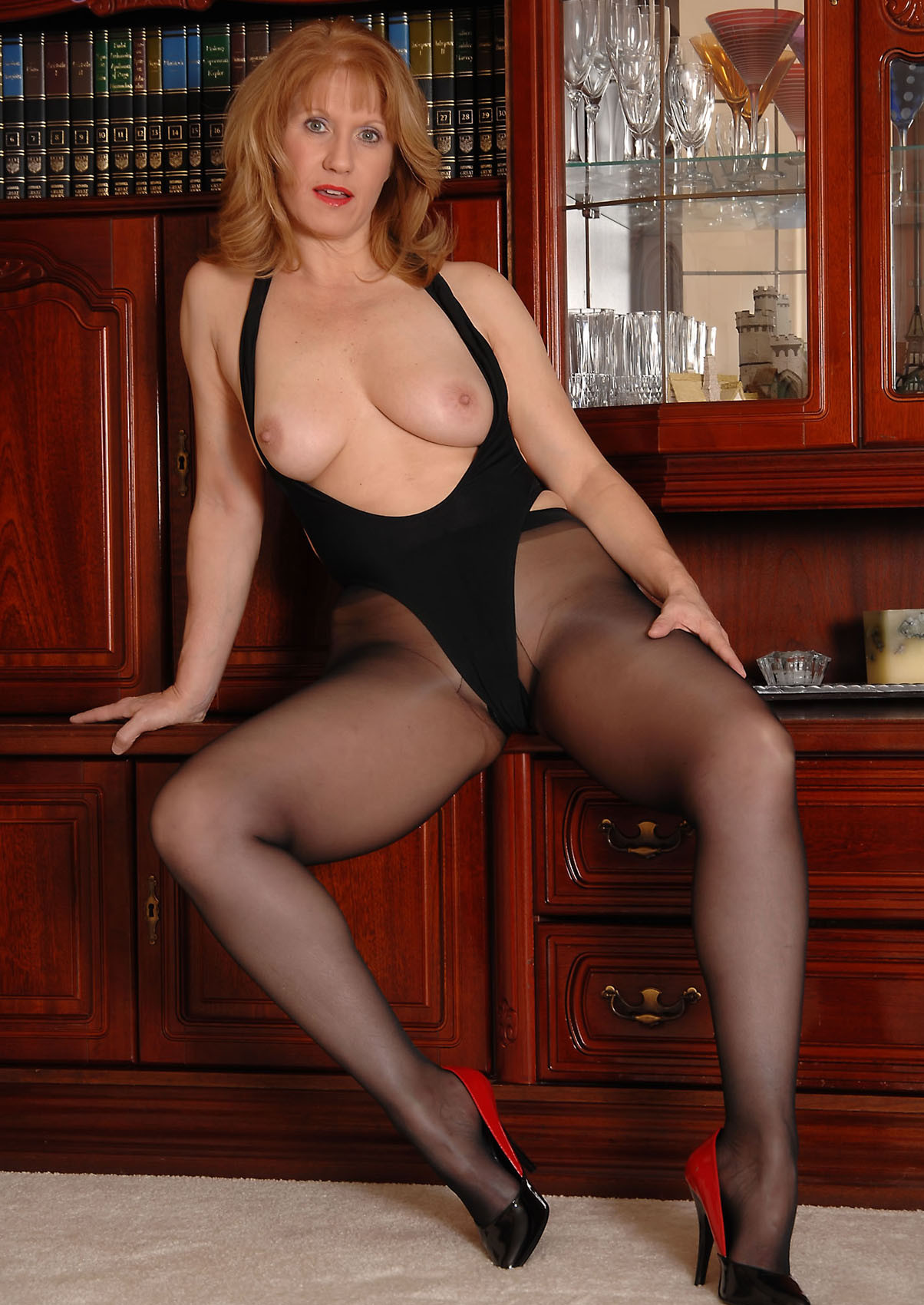 Nylon stocking models porn