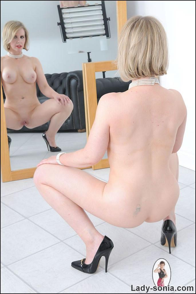 africa booty ass nude