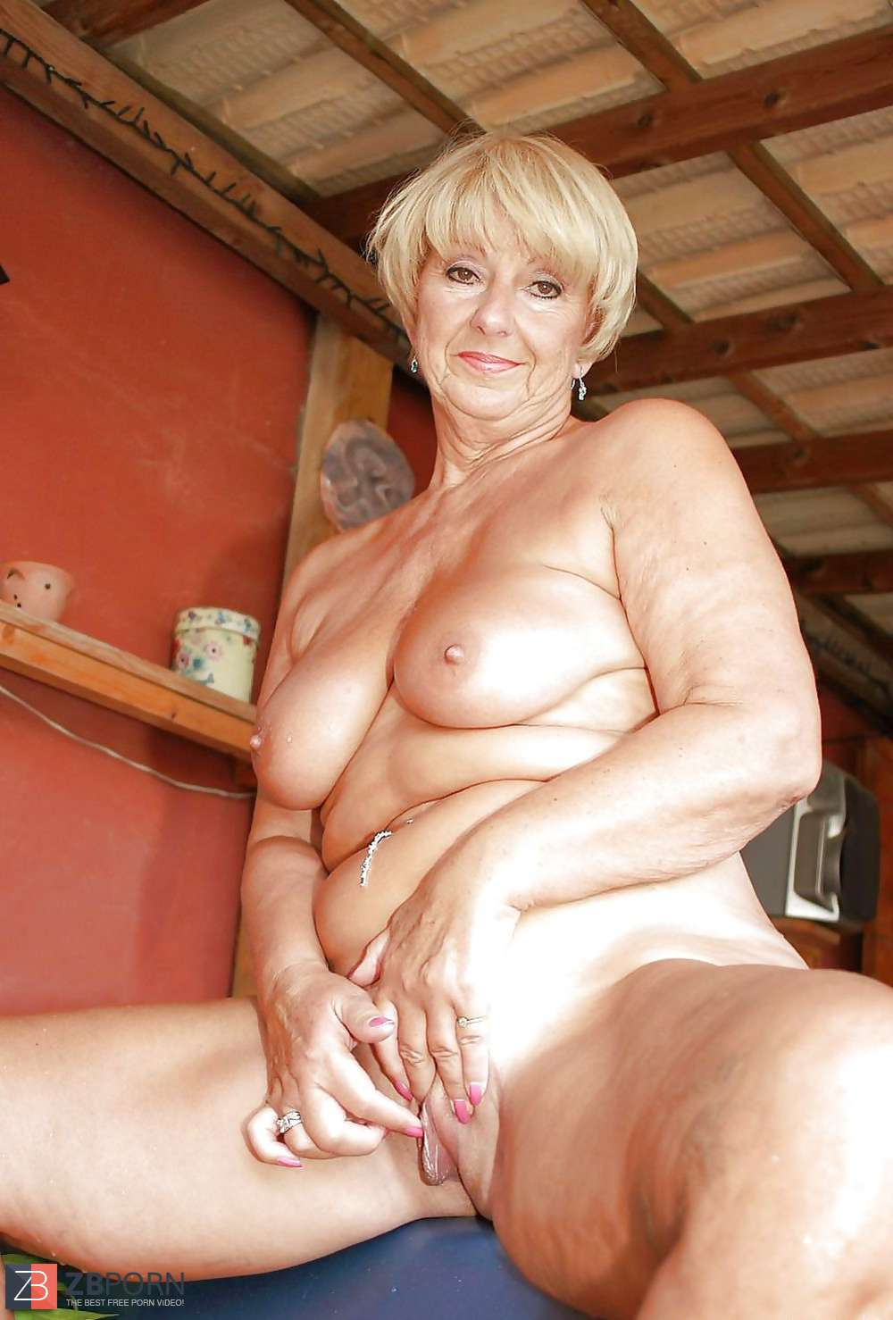 Mature Women In Porno