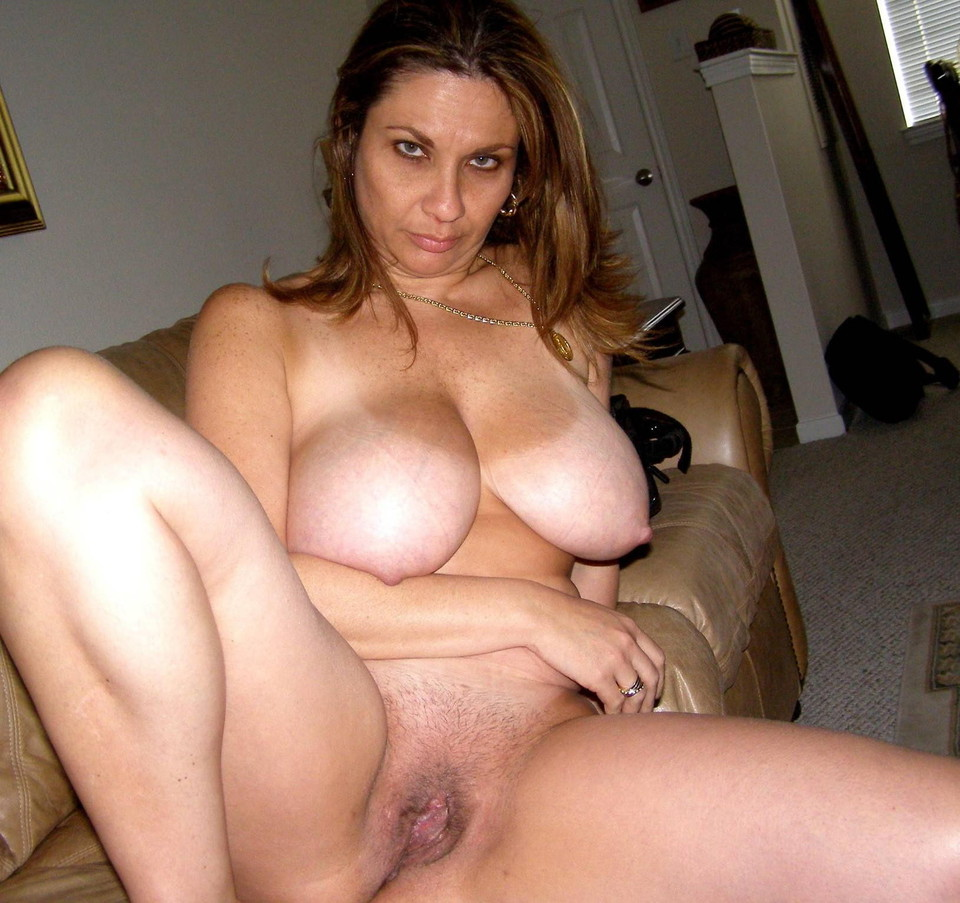 Grannys shaved wet pussy
