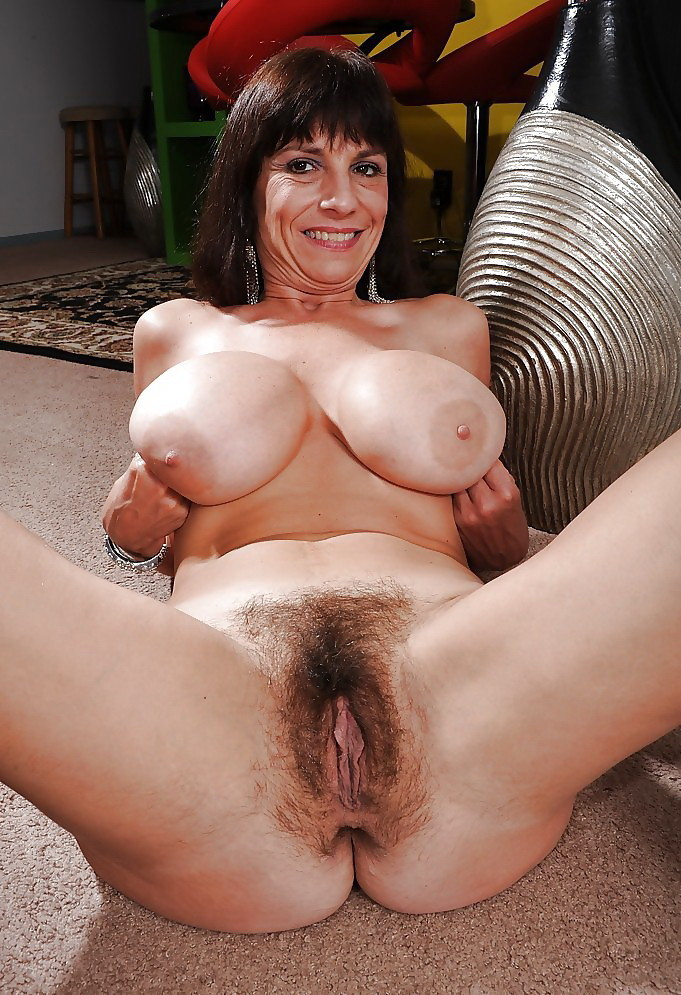 All old mature pussy