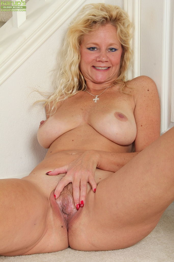 Free milf double anal
