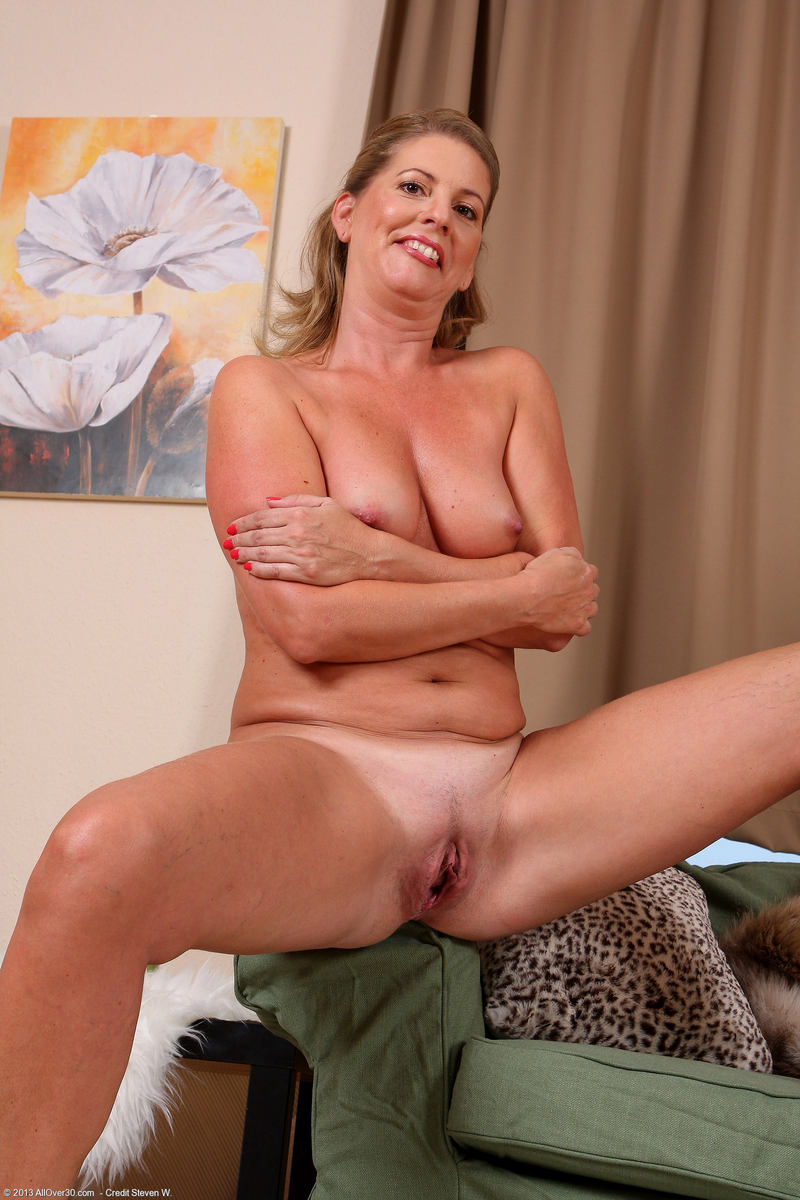 Need hot mature pussi. masturebation xvideos out