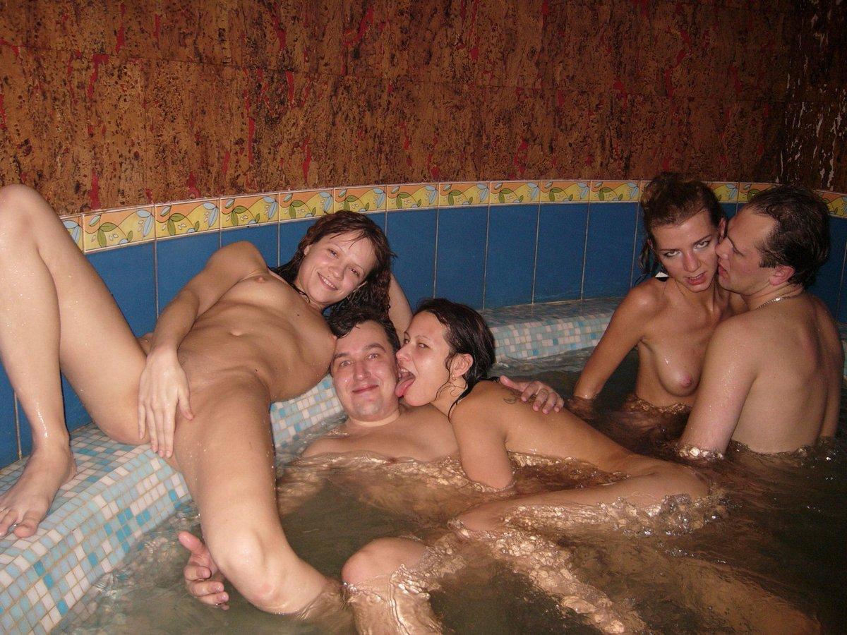 смотреть русское порно групповое в сауне