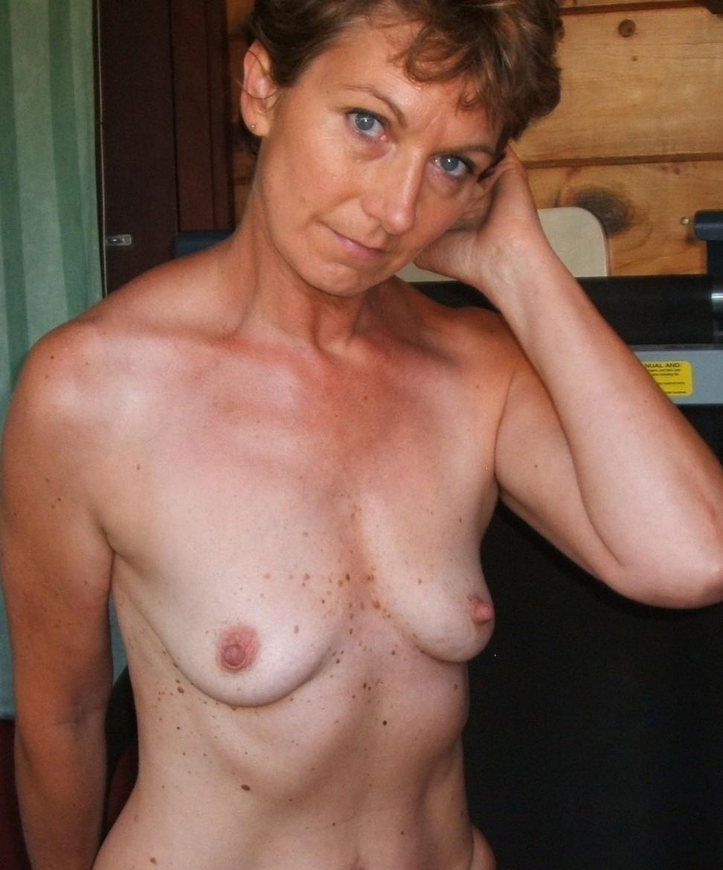 tits thumbnails granny mature