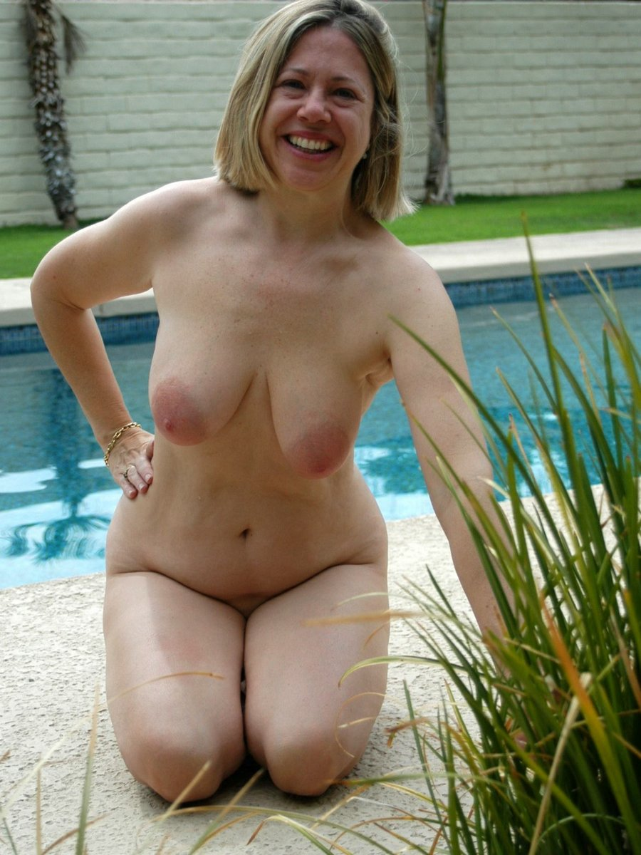 Nude mature woman pic can