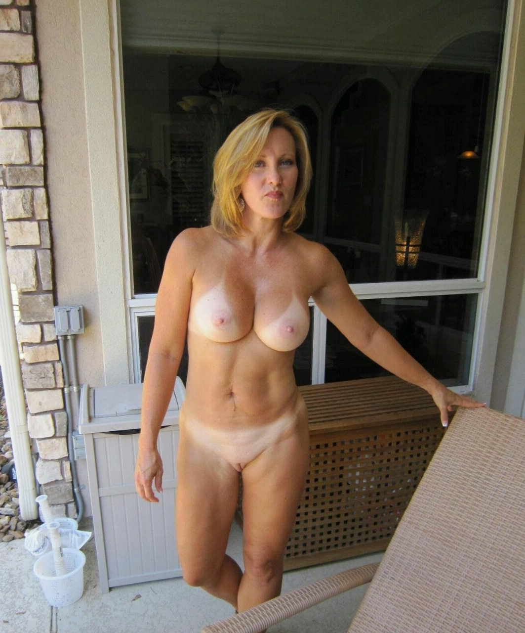 Mature Wives Thumbs 32