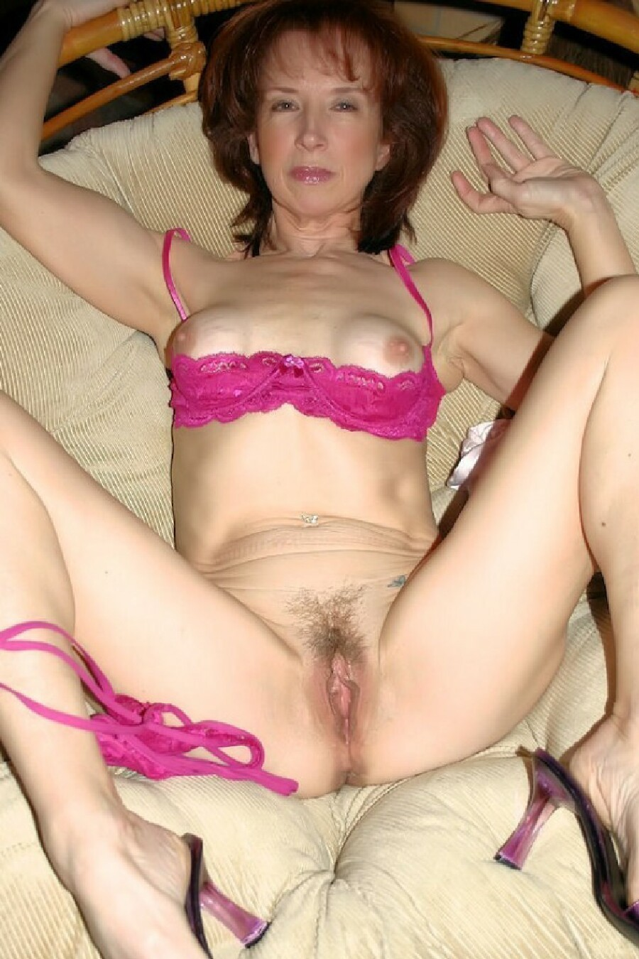 26 yo milf i met on adult chat 2 2