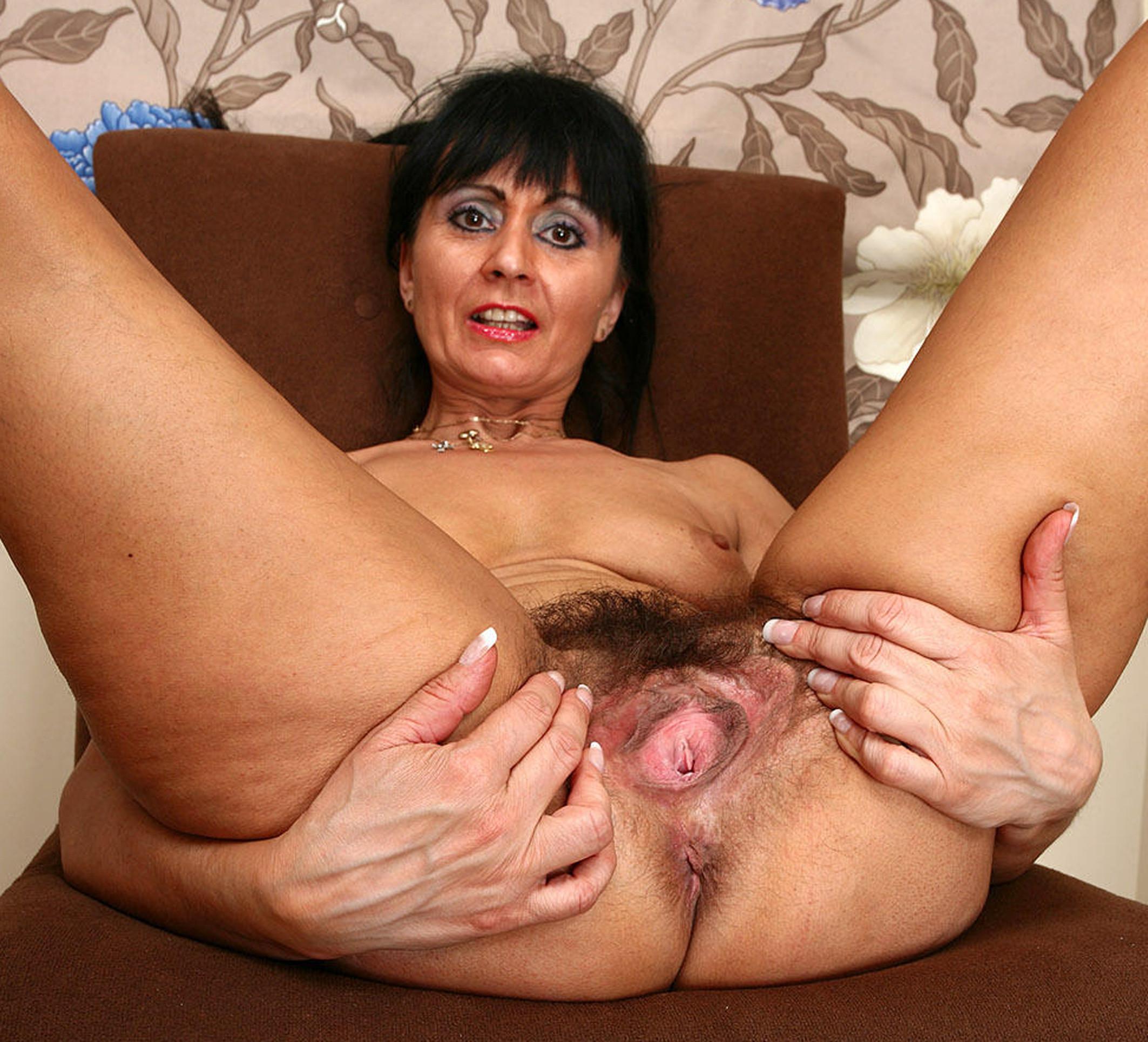 video amateur mature escort livry