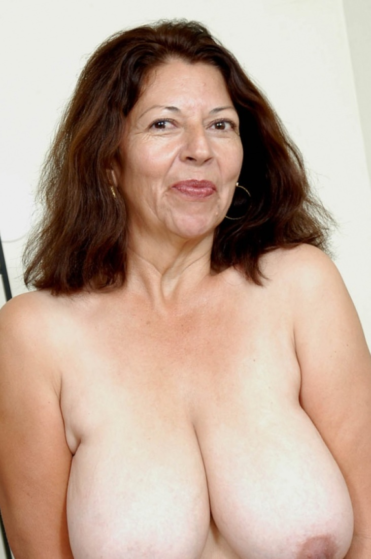 mature big natural women tits Naked