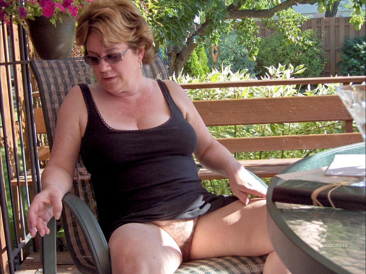 Mature Woman Nudist Mature Pictures Free Woman Video Galleries Wife ...