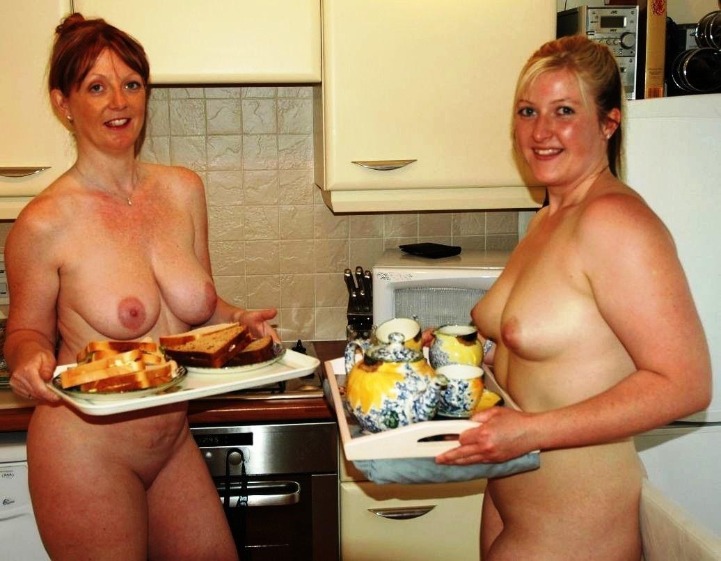 mature women nudist photos collection family nudist