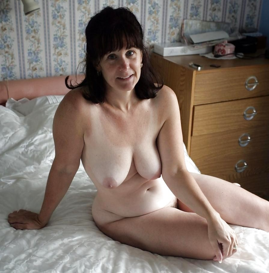Mature naked german woman