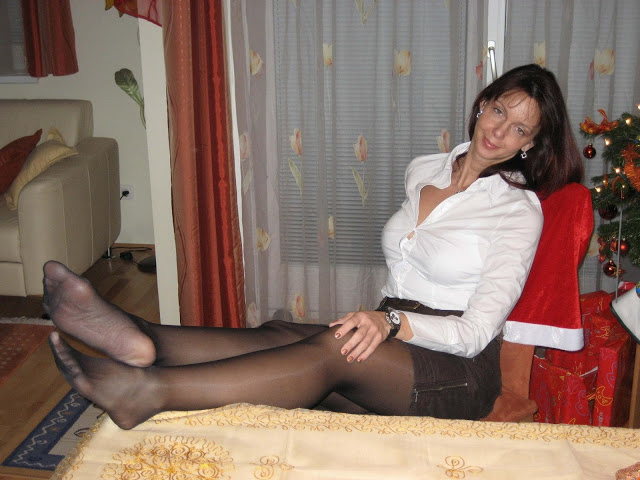 Gallery Matures And Pantyhose Free 8